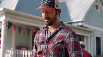 Coca-Cola TV Spot, 'Food Fueds: Ribs vs. Burgers' - Thumbnail 6
