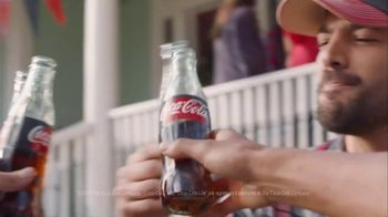 Coca-Cola TV Spot, 'Food Fueds: Ribs vs. Burgers' - Thumbnail 9