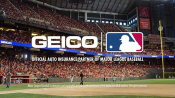 GEICO TV Spot, 'Foul Ball Gone Wrong' - Thumbnail 9