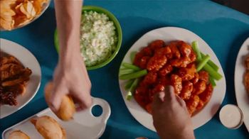 Zaxby's TV Spot, 'Nothing Goes Better With Tailgating' - Thumbnail 7