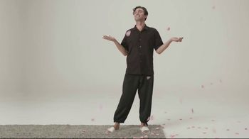 Schmidt's Natural Deodorant Rose+Vanilla TV Spot, 'Rose Petal Rain' - Thumbnail 7