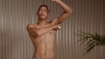 Schmidt's Natural Deodorant Cedarwood+Juniper TV Spot, 'Yawn' - Thumbnail 4