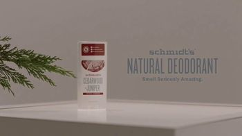 Schmidt's Natural Deodorant Cedarwood+Juniper TV Spot, 'Yawn' - Thumbnail 7