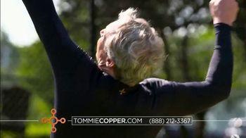 Tommie Copper Pro-Grade Shoulder Support Shirt TV Spot, 'Got Your Back' - Thumbnail 5