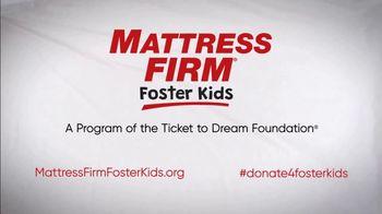 Mattress Firm Foster Kids TV Spot 'Shoe Drive' Featuring Simone Biles - Thumbnail 9