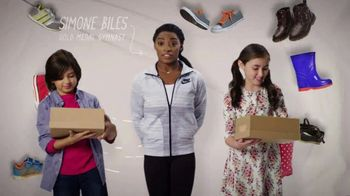 Mattress Firm Foster Kids TV Spot 'Shoe Drive' Featuring Simone Biles - Thumbnail 5