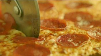 Hungry Howie's 45-Cent Large 1-Topping Pizza TV Spot, 'Howie Do It' - Thumbnail 10