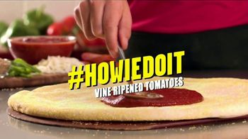 Hungry Howie's 45-Cent Large 1-Topping Pizza TV Spot, 'Howie Do It' - Thumbnail 5