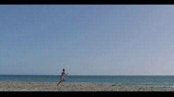 Major League Baseball TV Spot, 'Play Ball: Beach Catch' - Thumbnail 4