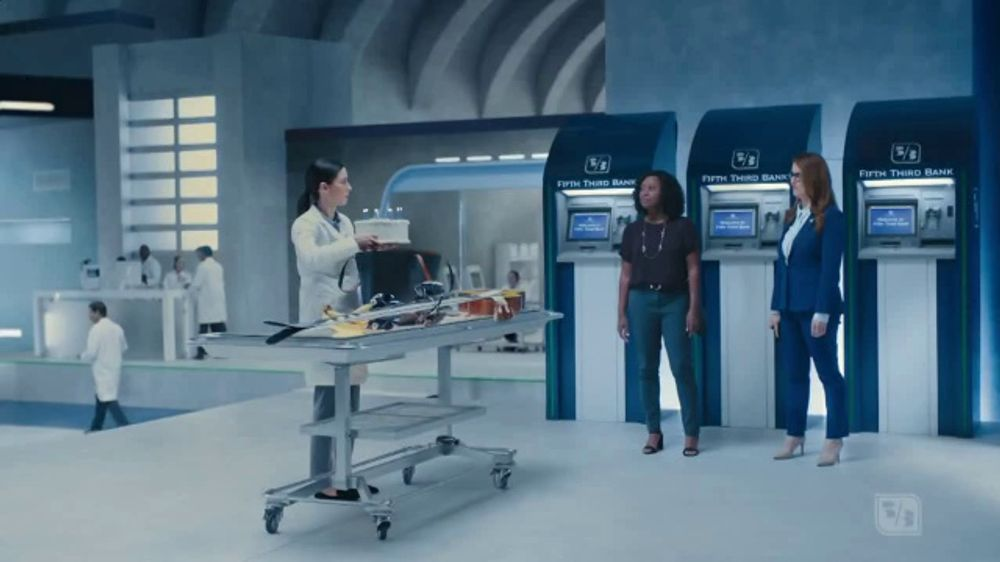 Fifth Third Bank TV Commercial, 'Digging for Debit Cards?' - Video