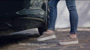 2018 Chrysler Pacifica TV Spot, 'My Jam: Just Stretching' Ft. Kathryn Hahn [T2] - Thumbnail 2