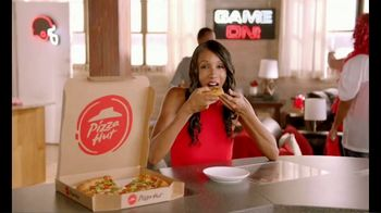 Pizza Hut TV Spot, 'ESPN: Team Colors' Featuring Maria Taylor - Thumbnail 10