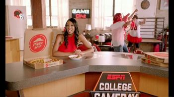 Pizza Hut TV Spot, 'ESPN: Team Colors' Featuring Maria Taylor - Thumbnail 2