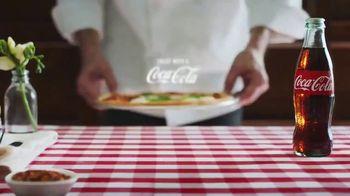 Coca-Cola TV Spot, 'Food Feuds: Pizza' - Thumbnail 10