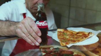Coca-Cola TV Spot, 'Food Feuds: Pizza' - Thumbnail 9