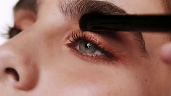 e.l.f. Cosmetics TV Spot, 'Eyeshadow Palette' - Thumbnail 5