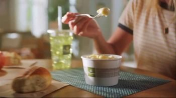 Panera Bread Mac and Cheese TV Spot, 'The Top' - Thumbnail 2