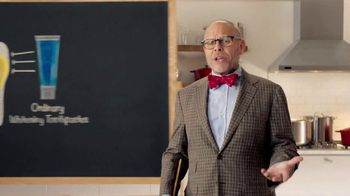 Colgate Optic White Platinum TV Spot, 'Favorite Foods' Feat. Alton Brown - Thumbnail 3