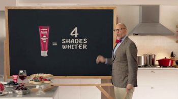 Colgate Optic White Platinum TV Spot, 'Favorite Foods' Feat. Alton Brown - Thumbnail 8
