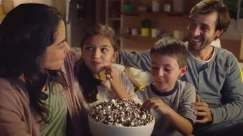 Nestle Toll House Morsels TV Spot, 'Movie Night' - 2985 commercial airings