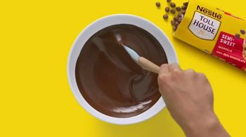 Nestle Toll House Morsels TV Spot, 'Movie Night' - Thumbnail 6