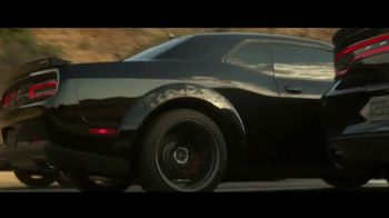 Dodge TV Spot, 'Brotherhood of Muscle: American Performance' [T1] - Thumbnail 8