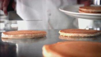 Perkins Restaurant & Bakery Pancake Day TV Spot, 'Give Kids the World' - Thumbnail 1