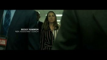 Macy's TV Spot, 'Remarkable You' Featuring Becky Hammon, Song by No Doubt - Thumbnail 10