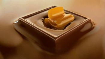 Ghirardelli Caramel Squares TV Spot, 'With Love, From San Francisco' - Thumbnail 8