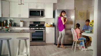 Lowe's TV Spot, 'The Fridge Moment: Appliance Special Values' - Thumbnail 7