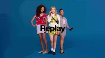 Target TV Spot, 'Everyday Runway' Song by Chaka Khan - Thumbnail 6