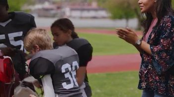 GMC Labor Day TV Spot, 'Third Row Like a Pro: Football Practice' [T2] - Thumbnail 4