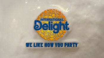 International Delight Oreo TV Spot, 'Keyboard Cookie Jam' - Thumbnail 10