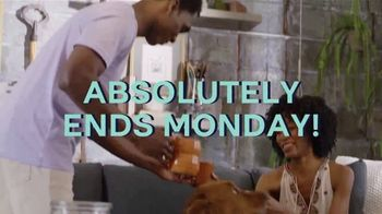 Ashley HomeStore Labor Day Held Over Sale TV Spot, 'Absolutely Ends Monday' - Thumbnail 6