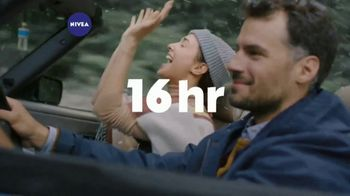 Nivea Essentially Enriched Body Lotion TV Spot, 'Deeply Nourishes'