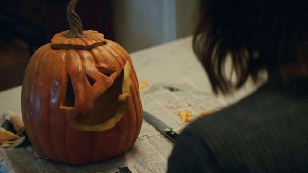 5a56e07e0 KitKat TV Commercial, 'Jack-O'-Lantern' - iSpot.tv