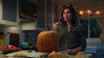 KitKat TV Spot, 'Jack-O'-Lantern' - Thumbnail 10
