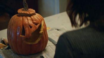 KitKat TV Spot, 'Jack-O'-Lantern' - Thumbnail 4