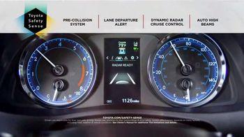 2019 Toyota Corolla TV Spot, 'The Show Must Go On' [T2] - Thumbnail 5