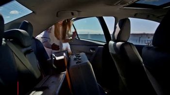 2019 Toyota Corolla TV Spot, 'The Show Must Go On' [T2] - Thumbnail 9