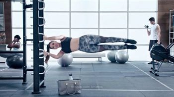 Planet Fitness TV Spot, 'Pull-Ups'