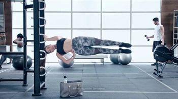 Planet Fitness TV Spot, 'Pull-Ups' - Thumbnail 4