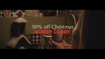 Hobby Lobby TV Spot, 'Holiday Decor' - Thumbnail 10