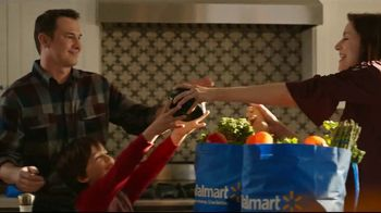Walmart Grocery Pickup TV Spot, 'Thanksgiving Meal: Gimme Some Lovin' Song by The Spencer Davis Group - Thumbnail 4