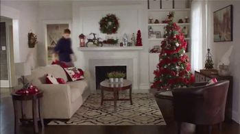 Big Lots TV Spot, 'Holidays: Sherpa Set' Song by Three Dog Night - Thumbnail 3
