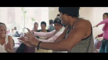 McDonald's TV Spot, 'In Common: Moving Others' - Thumbnail 9