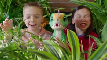 FurReal Munchin' Rex TV Spot, 'Grocery Store' - Thumbnail 2