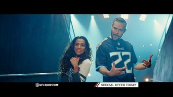 NFL Shop TV Spot, 'Titans and Cowboys Fans'