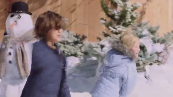 Ricola Natural Herb Cough Drops TV Spot, 'Snowball Fight' - Thumbnail 7
