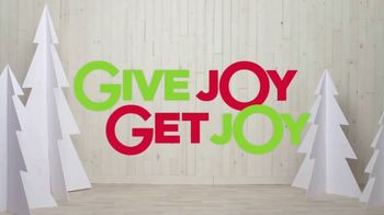 Kohl's TV Spot, '2018 Holidays: Give Joy, Get Joy: Cozy' - Thumbnail 10